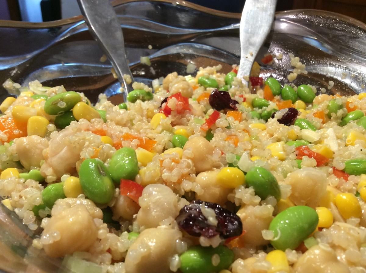 Ensalada de Quinoa yEdamame